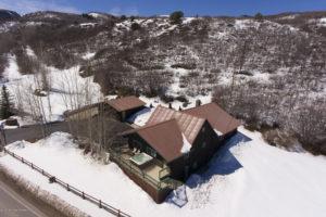 HISTORIC MOUNTAIN HOME minutes to Sunlight Ski Area